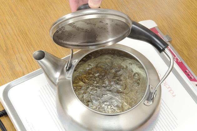 紅茶の湯の沸かし方