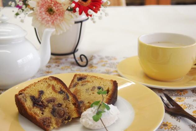フルーツケーキと合う紅茶