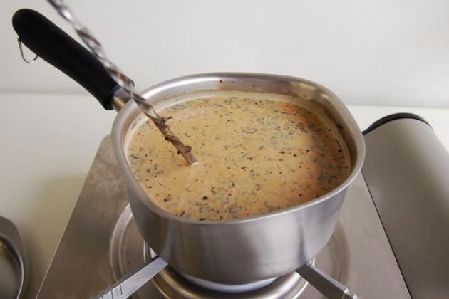 アイスチャイの作り方。煮出し終了