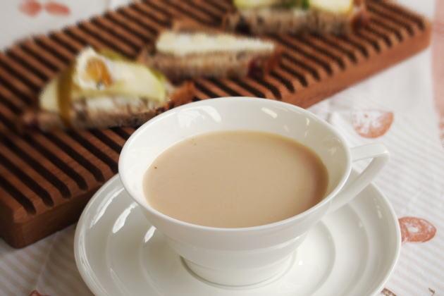ブルガリア産ローズジャムで作る紅茶に合うカナッペ
