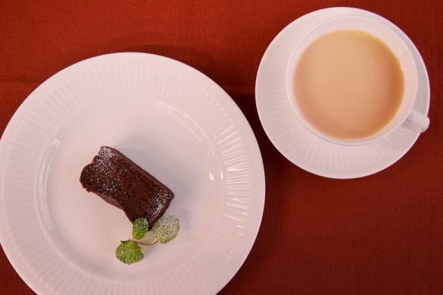 バレンタインに楽しむチョコレートに合う紅茶の種類
