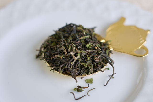 ダージリンファーストフラッシュ2021グームティー茶園の茶葉